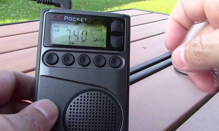 pocket-radio-with-bluetooth