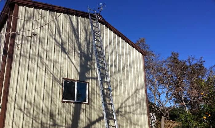 how to improve radio reception in a metal building